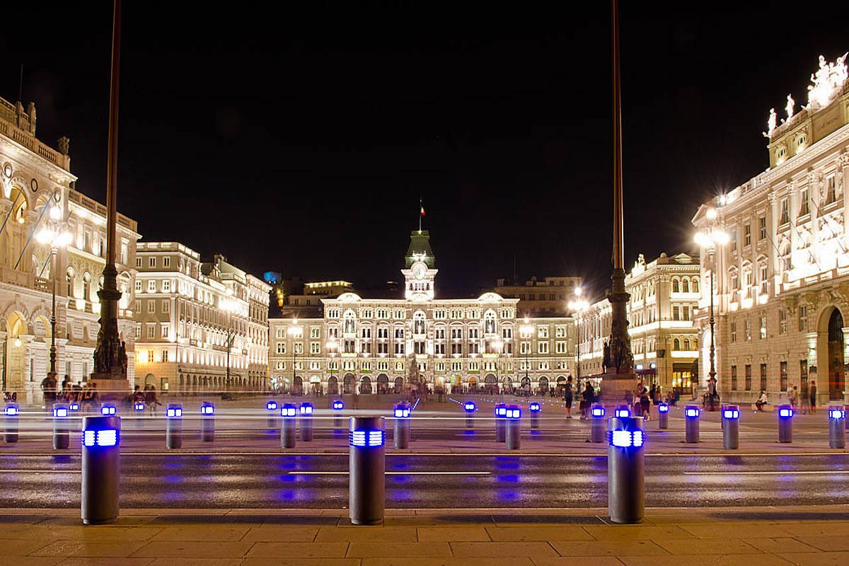 Trieste piazza unità d'Italia, vista del Municipio