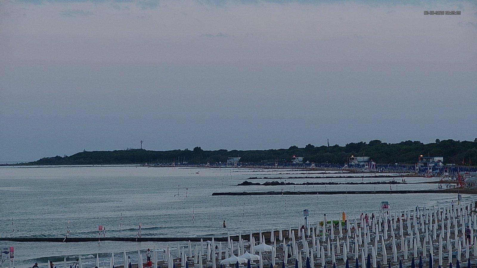 Webcam in Lignano Riviera mit Blick auf das Meer und den Strand
